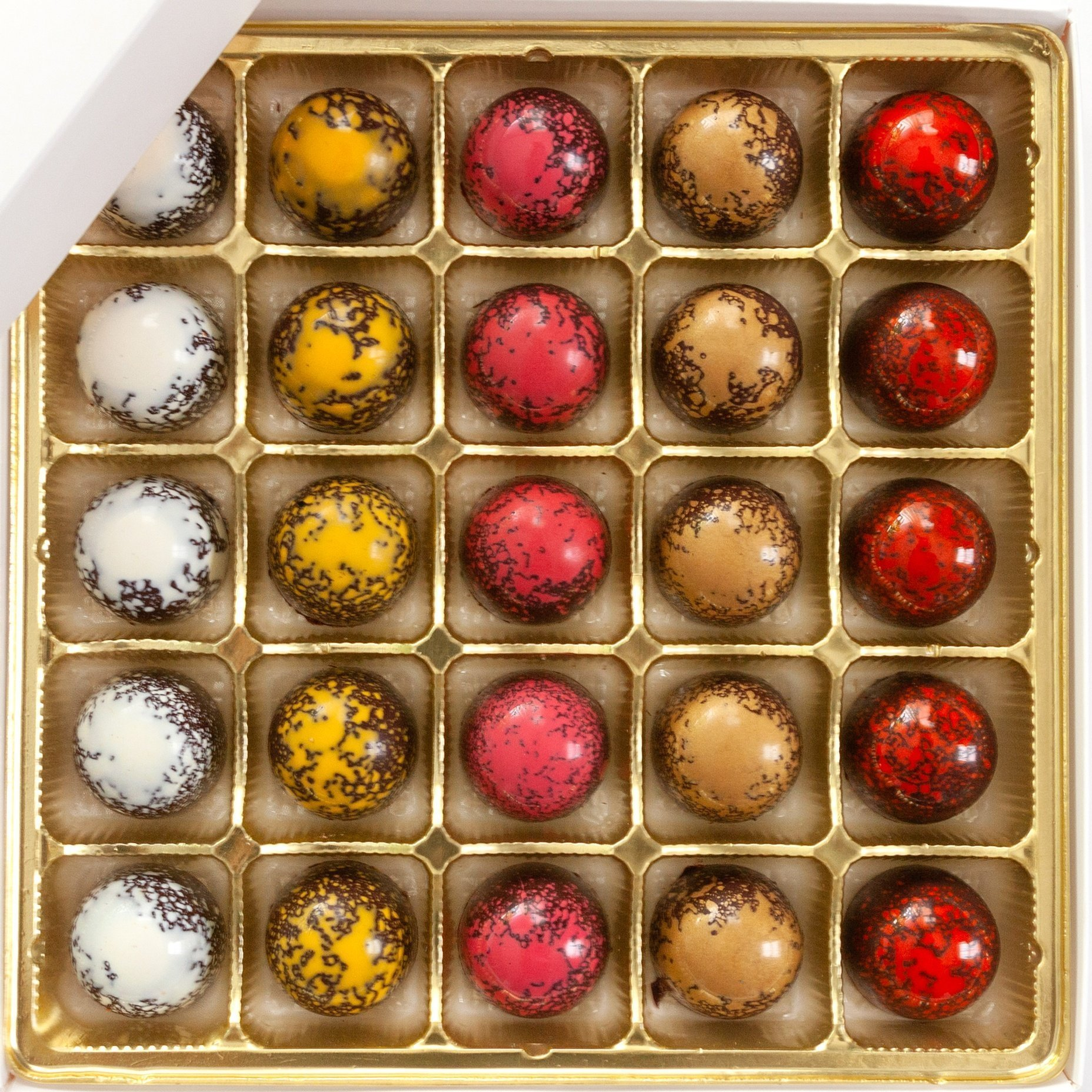25 Piece Assorted Bonbon Box
